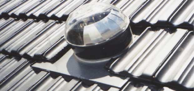 Terminaciones exteriores en techos - Claraboyas para techos ...